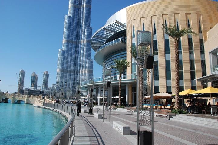 Luxurious Shopping Center in Dubai