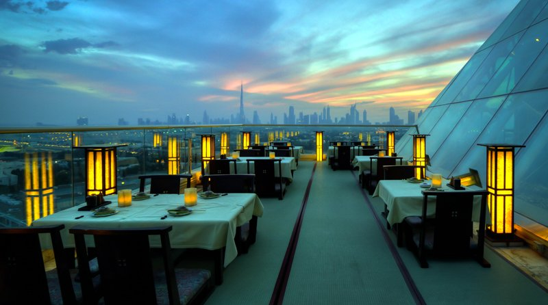luxurious restaurants in dubai