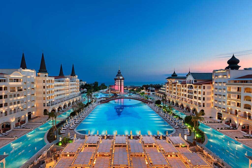 luxurious hotels in the world 2020