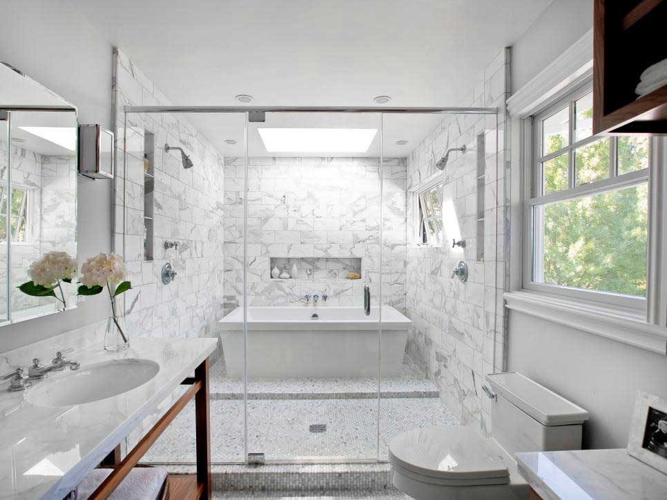 redesign a small bathroom 2020 - use tiles