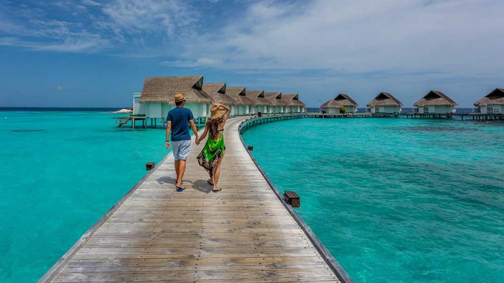 How much does a honeymoon in Maldives cost?