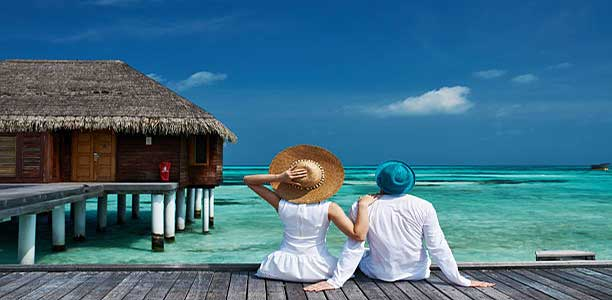 Why is Maldives a good holiday destination/for honeymoon?