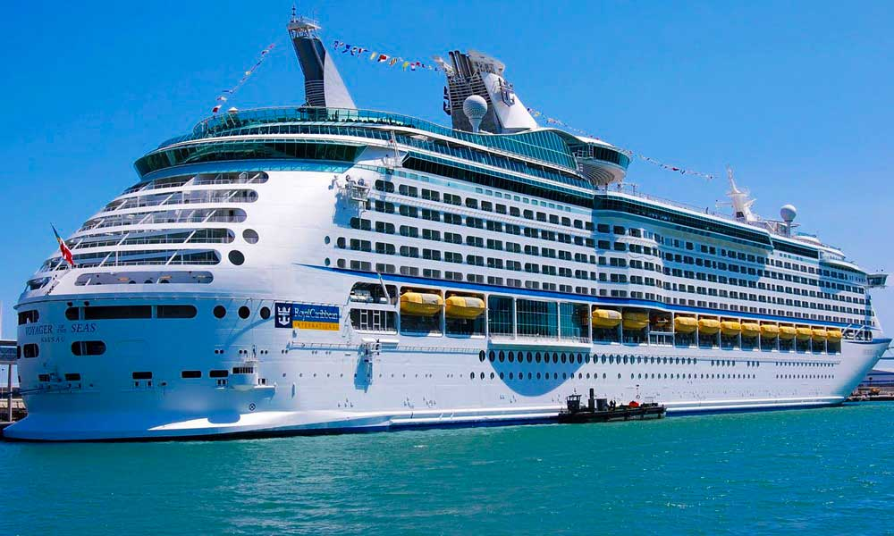 biggest passenger ship
