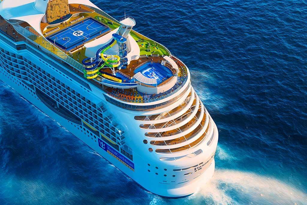 biggest cruise ship 2021