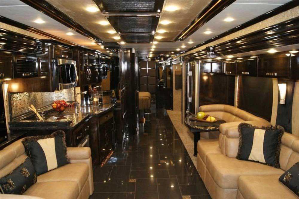Expensive Luxury Buses in the World - Featherlite Vantare Platinum Plus