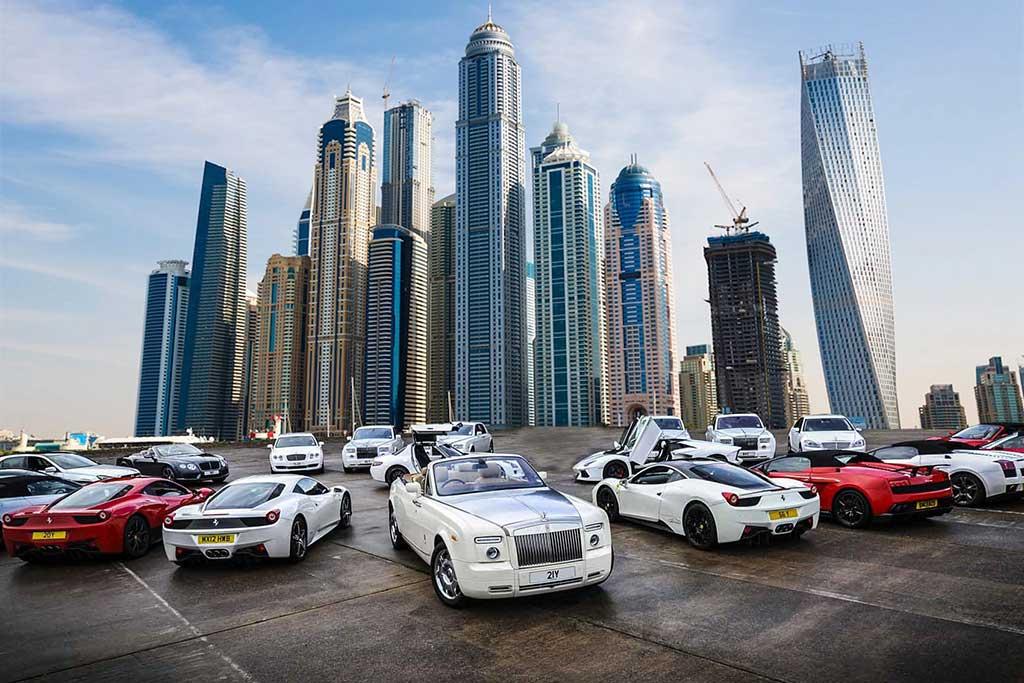 Dubai lifestyle: Luxury Cars