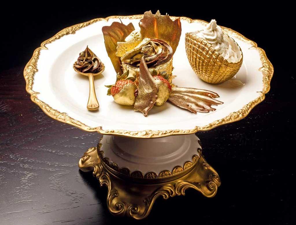 Dubai lifestyle: Luxury Gold Food Dishes