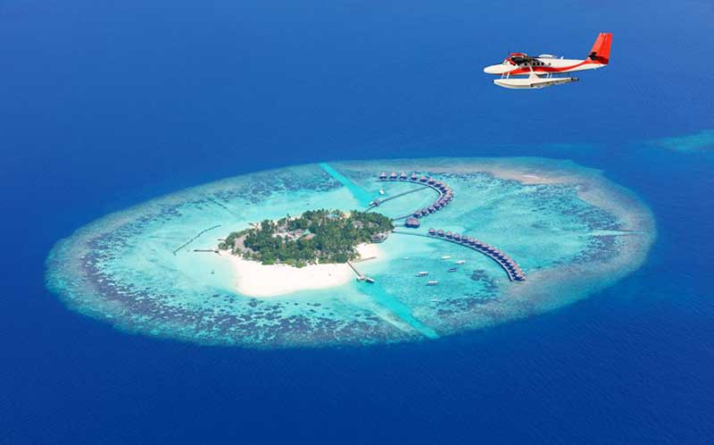 Why Maldives is famous?