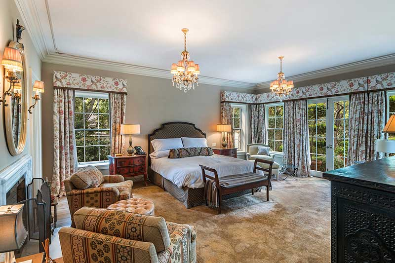 Most Luxurious Bedrooms in the World
