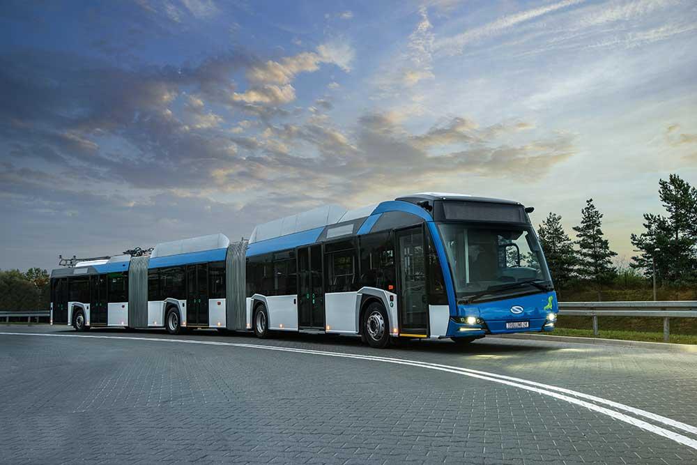 luxury bus manufacturers 2021
